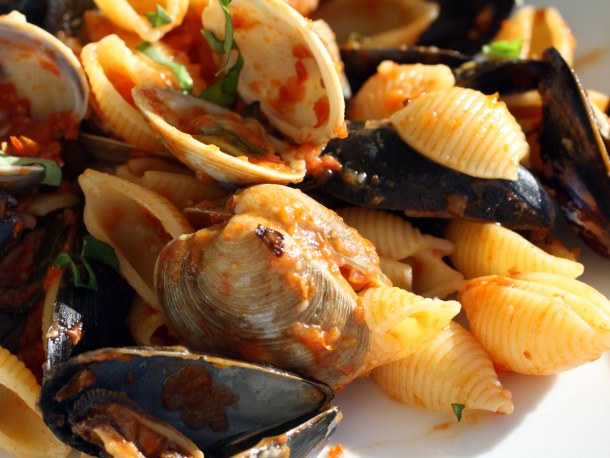 Provençal Clams and Mussels over Shells