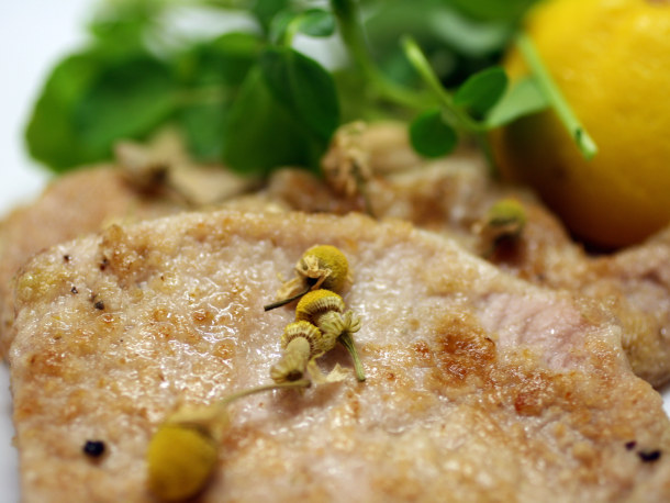 Chamomile Pork Chops with Lemon