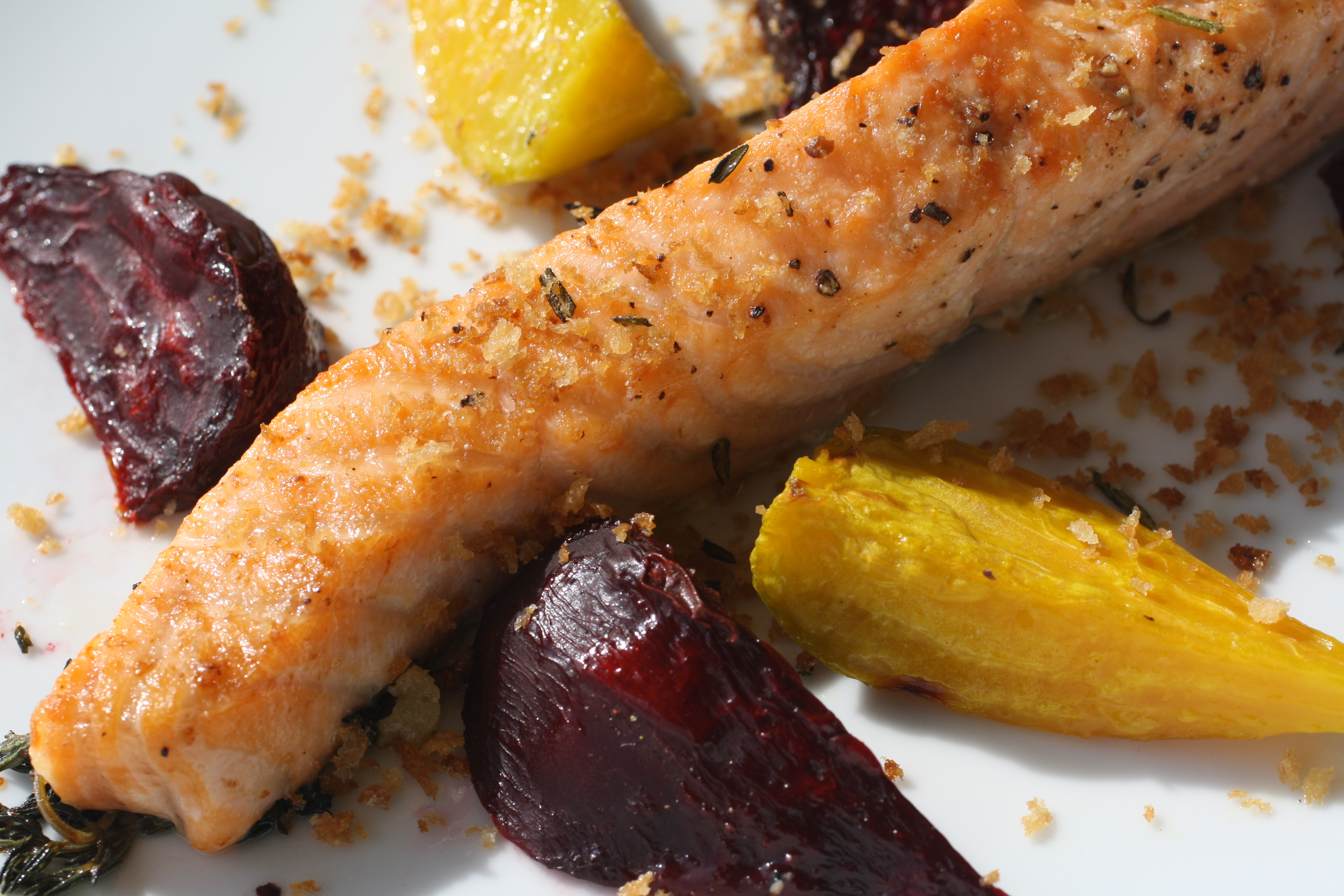 Crunchy Roasted Salmon with Beets