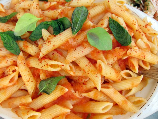 Whole-Wheat Penne With Oil-Cured Tuna (Penne Integrali Al ...
